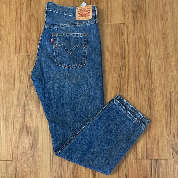 Levi's 501 High Rise Distressed Straight Jeans